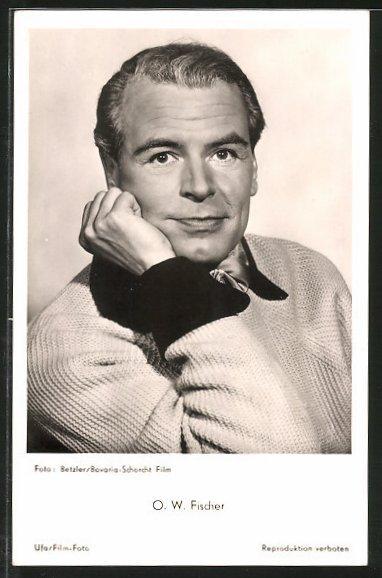 Ansichtskarte Schauspieler O. W. Fischer in nachdenklicher