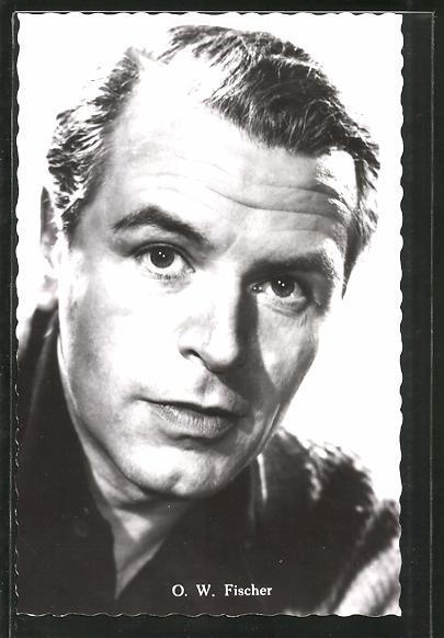 Ansichtskarte Schauspieler O. W. Fischer in Kamera
