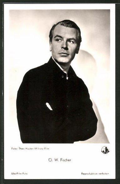 Ansichtskarte Schauspieler O. W. Fischer in schwarzer