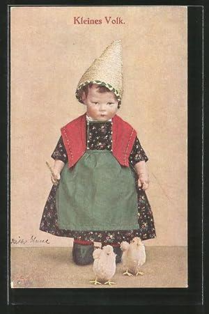 Ansichtskarte Kleines Volk, Käthe Kruse-Puppe mit zwei