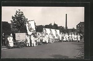 Foto-Ansichtskarte Tag der Arbeit, 1. Mai Umzug