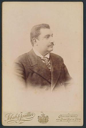 Fotografie Sebah, Joaillier, Constantinople-Konstantinopel, Portrait Türke trägt