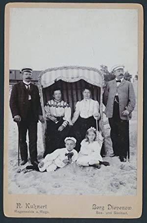 Fotografie R. Kuhnert, Regenwalde, Ansicht Dievenow-Dziwnów, Familie