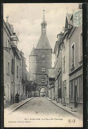 Carte postale Avallon, la tour de l'horloge,