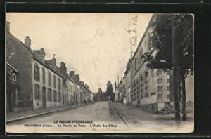 Carte postale Remalard, La Route de Paris,
