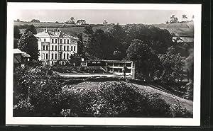 Carte postale Saint-Genis-l'Argentiere, Villa Saint-Joseph avec le