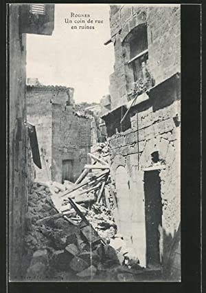 Ansichtskarte Rognes, Un coin du rue en