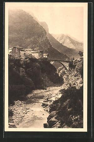 Carte postale St-Jean-La-Rivèrie, La Vésubie, vue de
