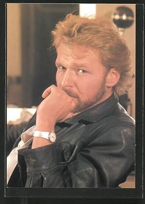 Ansichtskarte Schauspieler Marek Vasut in schwarzer Lederjacke
