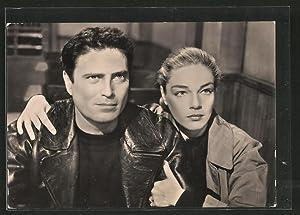 Ansichtskarte Schauspielerin Simone Signoret und Schauspieler Raf