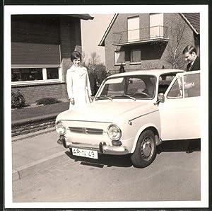 Fotografie Auto PKW Fiat 850, Paar mit