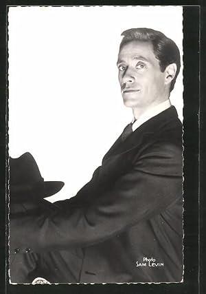 Ansichtskarte Mel Ferrer, Schauspieler-Portrait