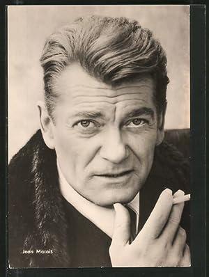 Ansichtskarte Schauspieler Jean Marais in Zigarette in