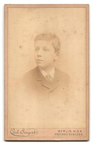 Fotografie Carl Seegert, Berlin-Friedrichshagen, Portrait eines Jungen