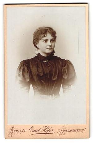 Fotografie Ernst Höfer, Berlin-C., Friedrichshagen, Brustportrait junge