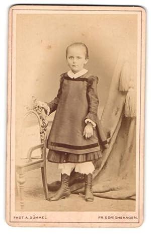 Fotografie Albert Dümmel, Friedrichshagen, Portrait eines kleinen