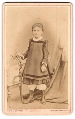 Fotografie Albert Dümmel, Friedrichshagen, Portrait kleines Mädchen