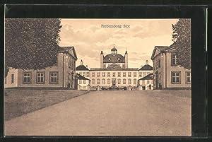 Ansichtskarte Fredensborg, Slot, Teilansicht vom Schloss