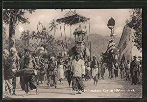 Ansichtskarte Ceylon, The Kandy Perahera, Elefanten