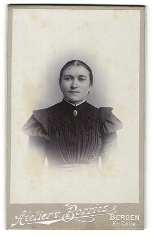 Fotografie Atelier v. Borries, Bergen, Portrait Dame