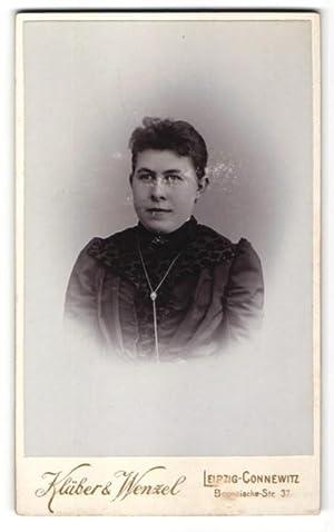 Fotografie Kläber, Wenzel, Leipzig-Connewitz, Portrait Dame mit