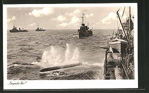 """Ansichtskarte """"Torpedo-los!"""", Kriegsschiff feuert einen Torpedo ab"""