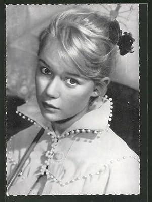 Ansichtskarte Schauspielerin Marion Michael im romantischen Kostüm
