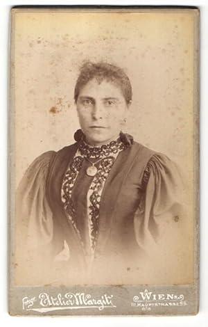 Fotografie Atelier Margit, Wien, Portrait Dame in