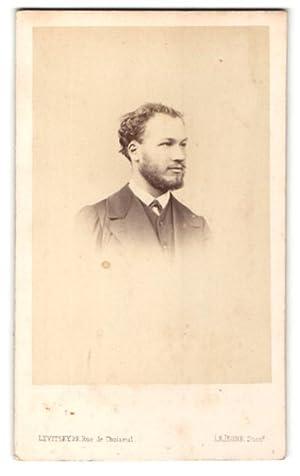 Photo Levitsky, Paris, Portrait de junger Mann