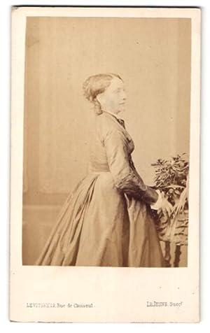 Photo Levitsky, Paris, Profilportrait Dame avec zeitegnöss.
