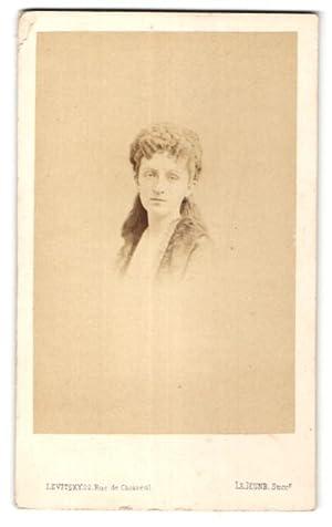 Photo Levitsky, Paris, Portrait de junge hübsche