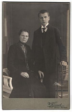 Fotografie W. Kornet, Bautzen, Portrait bürgerliche Dame