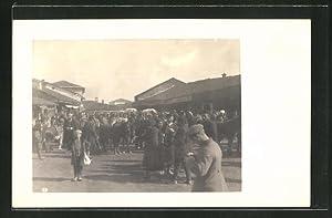 Foto-Ansichtskarte Prilep, Partie auf dem Pferdemarkt
