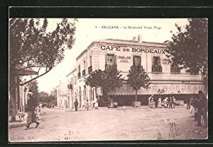 Ansichtskarte Relizane, Le Boulevard Victor Hugo, Cafe
