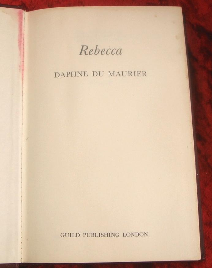 rebecca du maurier essay questions 312 honors bringing it together  complete an analysis for either rebecca by daphne du maurier or  choose one of the reader response essay questions below .