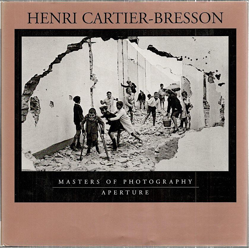 Henri Cartier-Bresson Cartier-Bresson, Henri Hardcover Obong 8vo. 95 pp. Full page duotone photographs. Cloth binding in dustwrapper, fine copy. (92657).