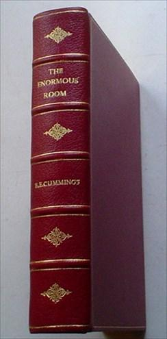 THE ENORMOUS ROOM. With and introduction by: CUMMINGS. E. E.