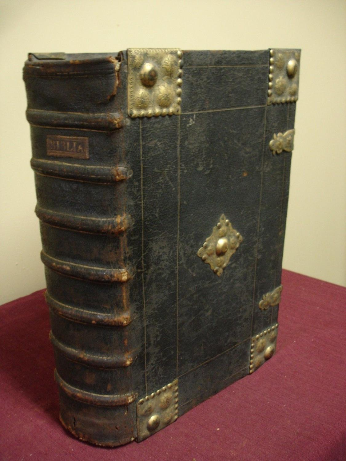 German Bible 1665 with Maps and Handwritten Notes