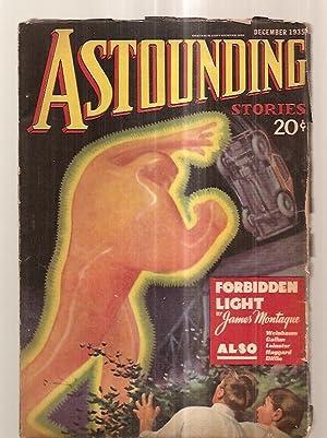 ASTOUNDING STORIES DECEMBER 1935 VOLUME XVI NUMBER: Astounding Stories) [cover