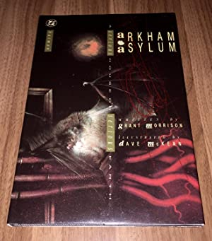 BATMAN Arkham Asylum: A Serious House on: Grant Morrison; Dave