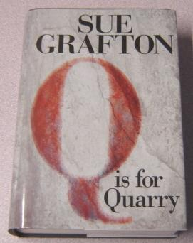 Q Is For Quarry, Large Print