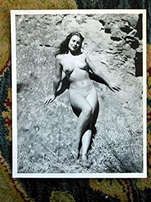 FIVE ORIGINAL VINTAGE 8x10 PHOTOS of FEMALE NUDISTS at CAMP - circa 1967