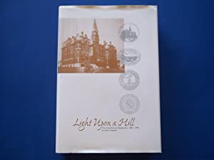 Light Upon a Hill: The University of Chattanooga, 1886-1996: Longwith, John