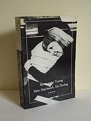 Miss MacIntosh, My Darling (volume 2): Young, Marguerite