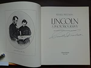 Lincoln: A Photobiography *Signed: Freedman, Russell