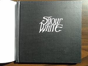 Snow White: Brothers Grimm; Heins, Paul; Hyman, Trina Schart