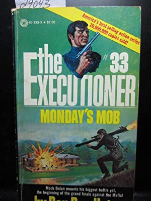 MONDAY'S MOB (Executioner #33)