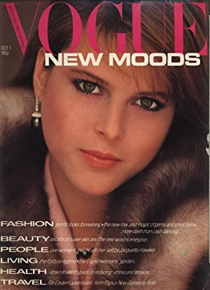 VOGUE, GB, Octobre 1st 1980. New Moods. Terrific looks for evening.