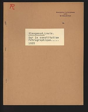 Sur la constitution Petrographique.: Glangeaud, Louis: