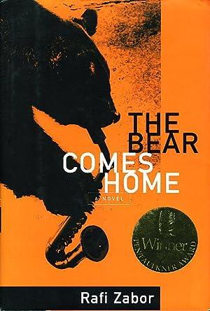 THE BEAR COMES HOME.: Zabor, Rafi.